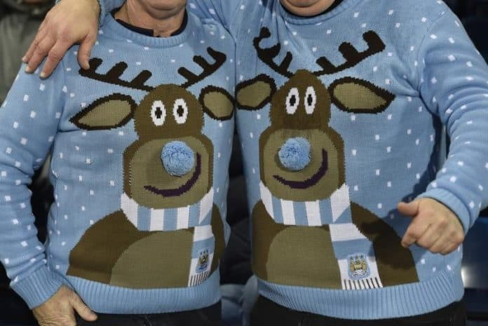 Christmas jumpers, photo: REUTERS/Toby Melville