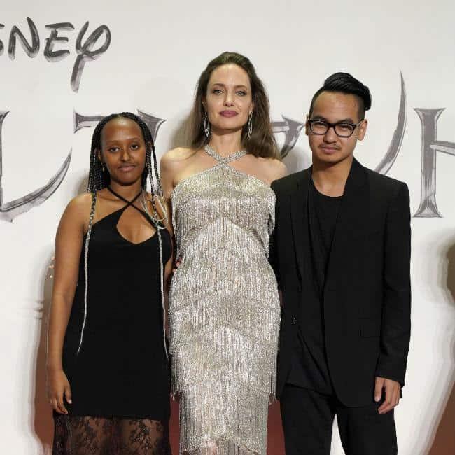 Angelina Jolie with her kids Zahara and Maddox, photo: Bang Showbiz