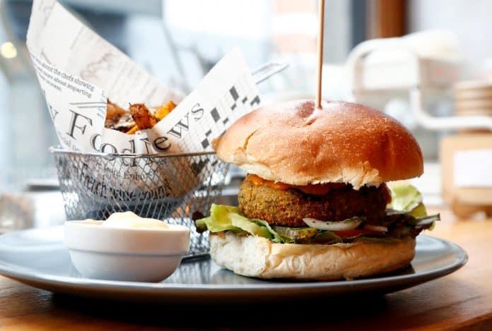 A plant based burger, photo: Reuters/Francois Lenoir