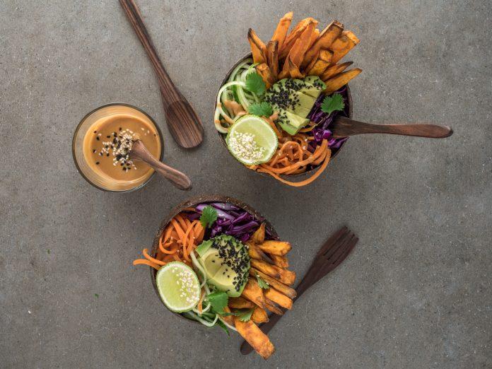 Plant-based salad, photo: Alexandra Andersson on Unsplash